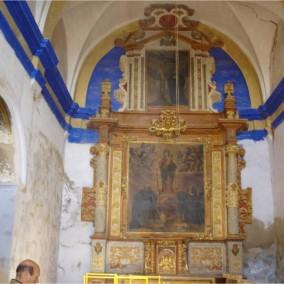 Interior de la iglesia de Puibolea antes del desmontaje y traslado de los retablos.  Retablo Mayor